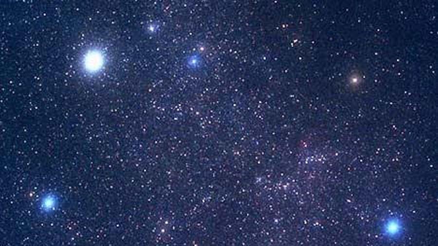 Có 12 hay 13 chòm sao Hoàng đạo?