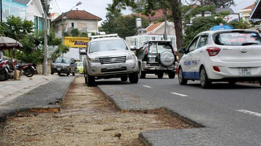 Phải quản lý chặt việc đào đường