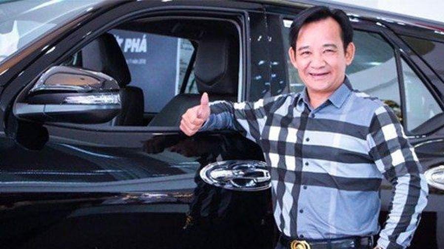Bóc giá xế hộp hạng sang của 'ông hoàng phim hài Tết' Quang Tèo