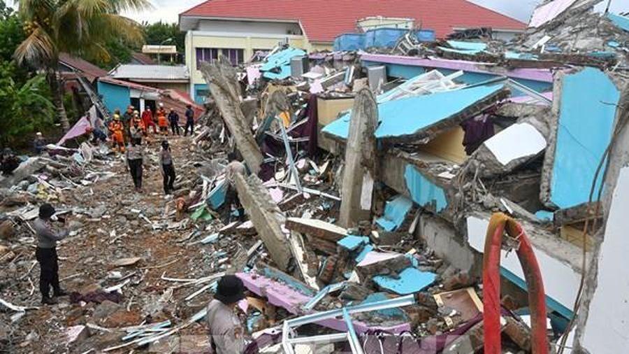 Động đất tiếp tục rung chuyển tỉnh Tây Sulawesi, Indonesia