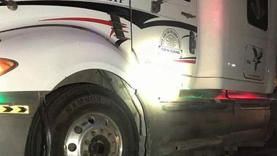 Xe container kéo thi thể nạn nhân đi gần 60 km sau tai nạn