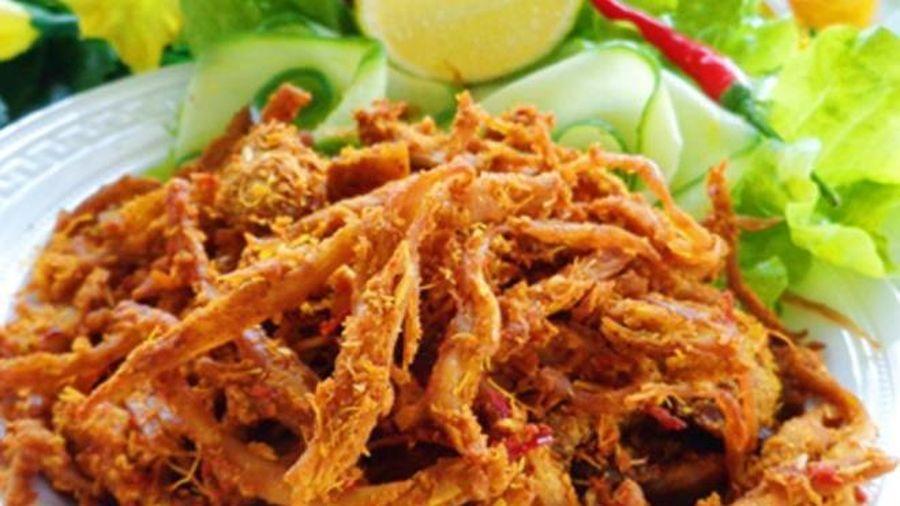 Thực đơn Tết: Thịt lợn khô xé sợi để lai rai
