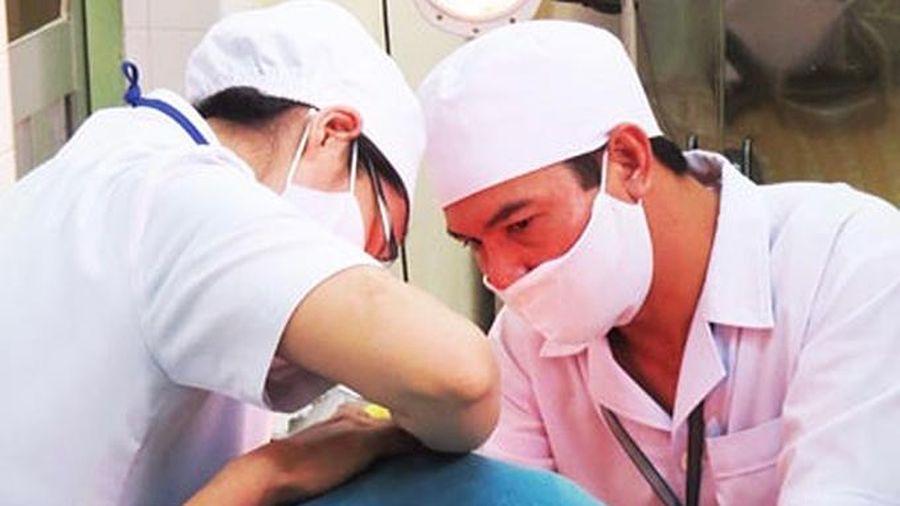 Khám, chữa bệnh bằng y học cổ truyền cho hơn 728.000 lượt người
