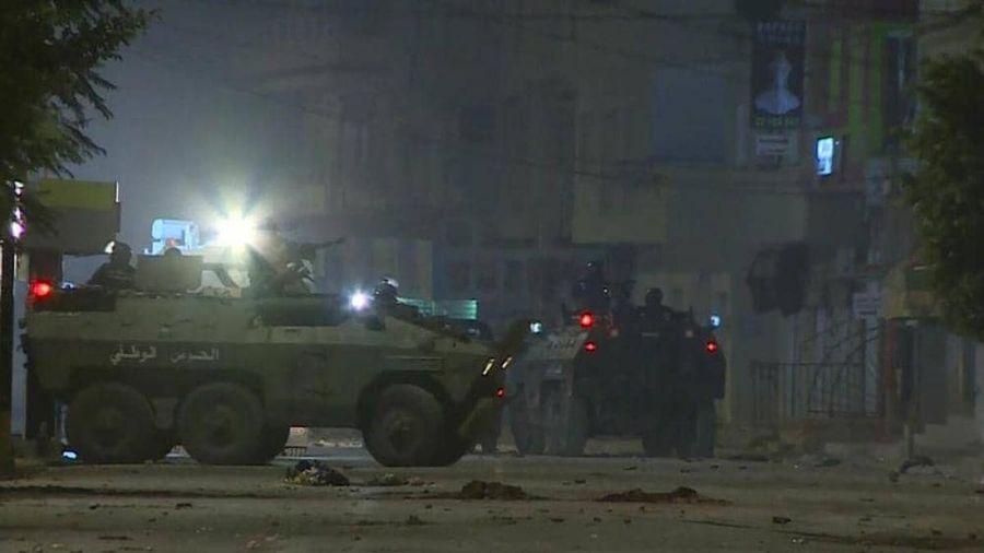 Tunisia bắt giữ hơn 600 người gây mất ổn định