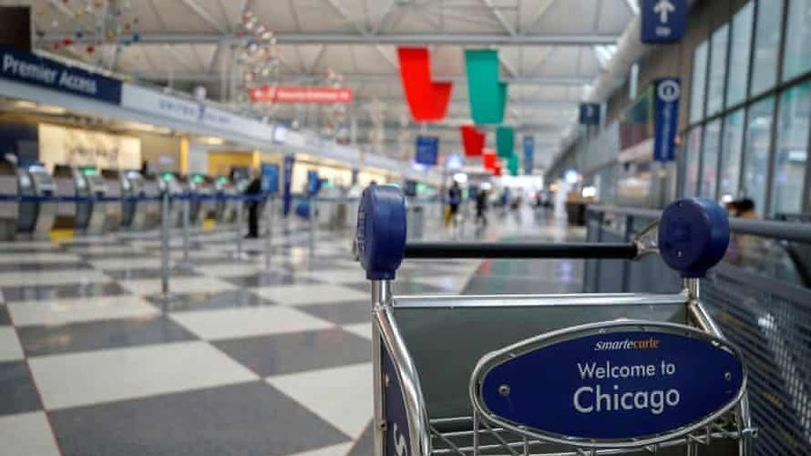 Người đàn ông sống ở sân bay 3 tháng vì sợ COVID-19