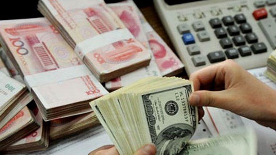 Tỷ giá trung tâm và USD trên thị trường tiếp tục tăng mạnh
