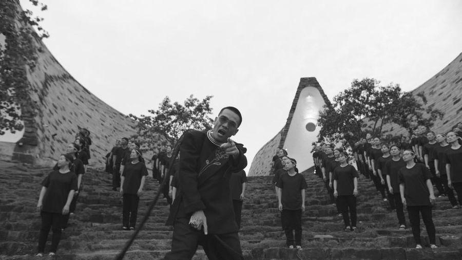 Wowy và MV Hướng Dương truyền cảm hứng cho giới trẻ