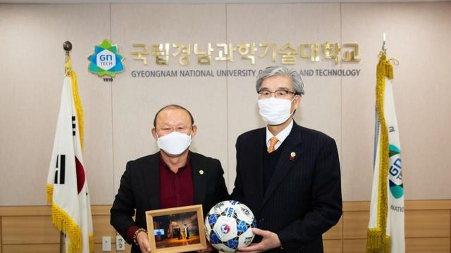 Thầy Park quyết đạt mục tiêu với bóng đá Việt Nam