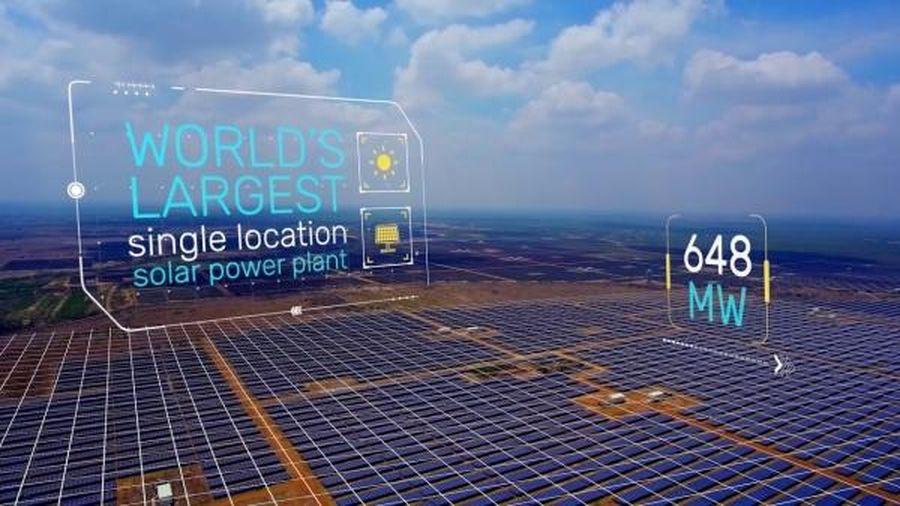 Total mua 20% cổ phần của Adani Green Energy