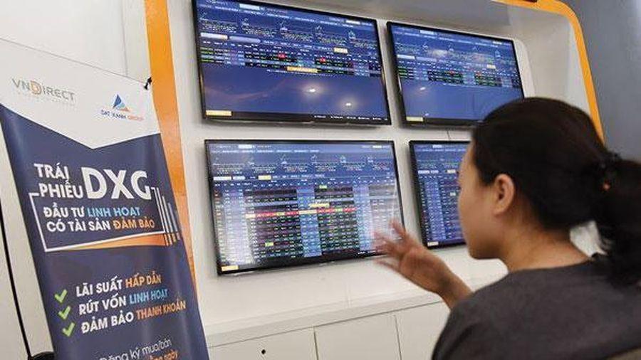 Cảnh báo doanh nghiệp bất động sản 'ôm' nợ lớn từ trái phiếu và ngân hàng