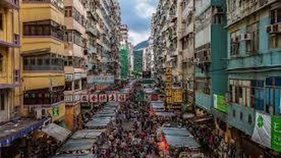 Tại sao 'dân nghèo' gốc Thượng Hải không bán nhà để tận hưởng cuộc sống giàu sang ở thành phố khác?