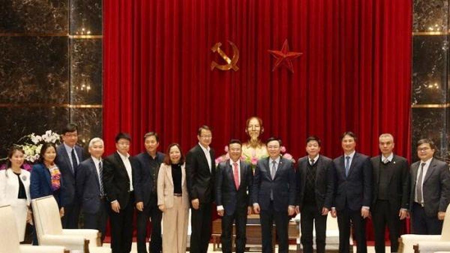 Bí thư Hà Nội muốn doanh nghiệp FDI công nghệ 'hội quân' tại Hòa Lạc cùng Vingroup, Viettel