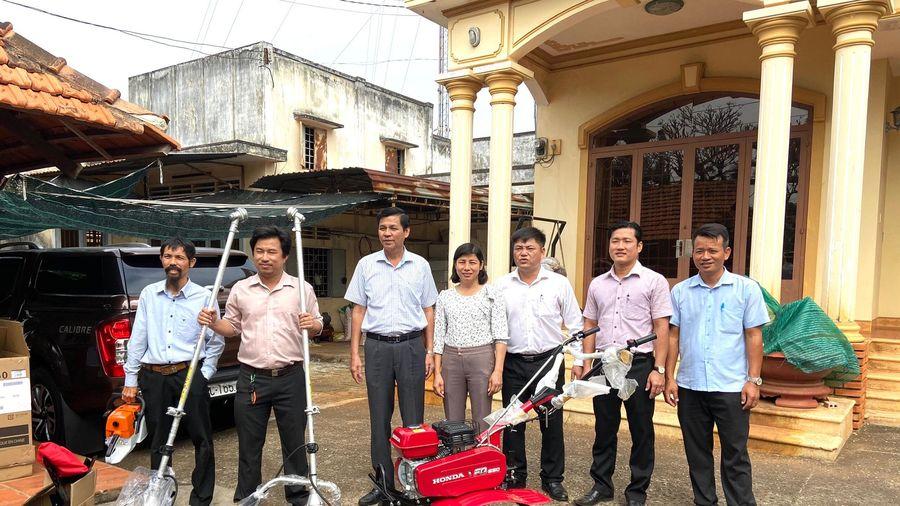 Hỗ trợ thiết bị máy móc phát triển sản xuất nông nghiệp