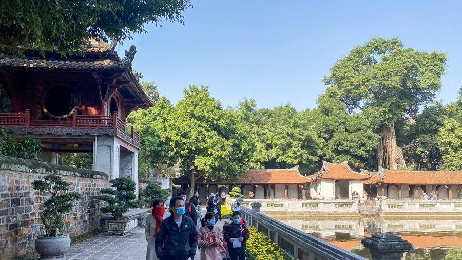 Covid-19 'phơi bày' điểm yếu của du lịch Hà Nội