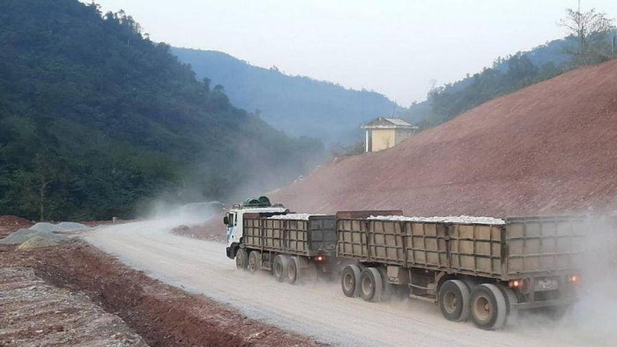 Thông tuyến Quốc lộ 12A sau hơn 2 tháng đứt gãy do mưa lũ Quảng Bình