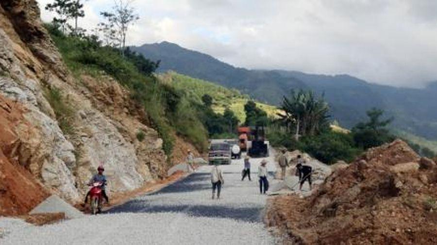 Dự án Quốc lộ 4 đoạn nối Hà Giang - Lào Cai: 15 năm chưa thông tuyến do bố trí vốn quá dàn trải
