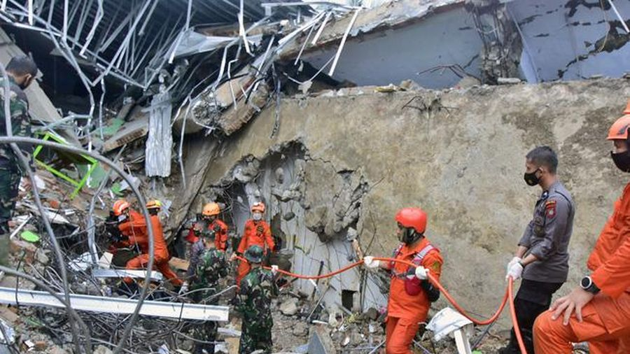 Thủ tướng Nguyễn Xuân Phúc gửi điện chia buồn tới Tổng thống Indonesia