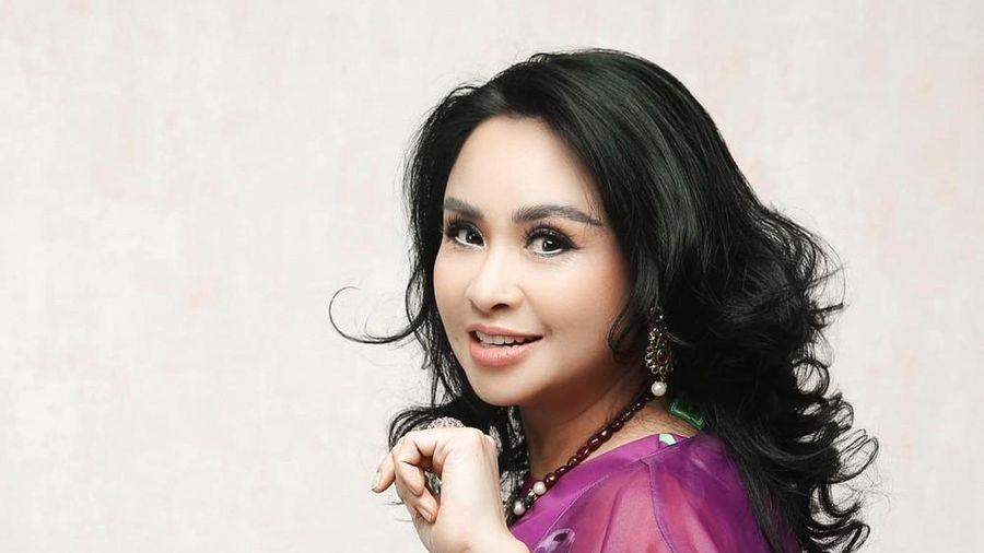 Diva Thanh Lam giới thiệu đêm nhạc mới nhưng khán giả chỉ quan tâm đến chuyện cầu hôn