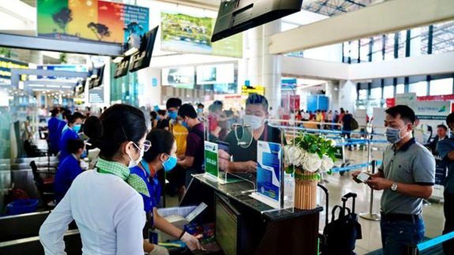 Tặng 500 vé máy bay cho người lao động về quê ăn tết