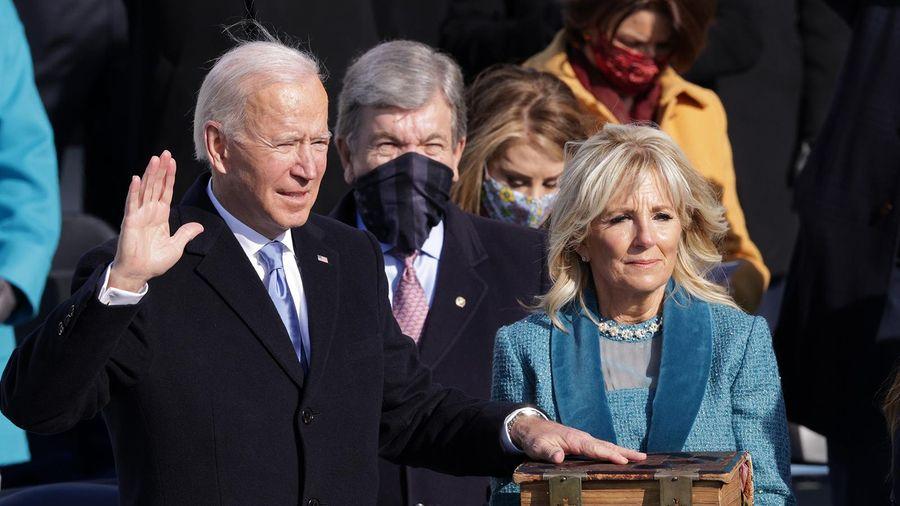 Tổng thống thứ 46 của Mỹ Joe Biden tuyên thệ nhậm chức