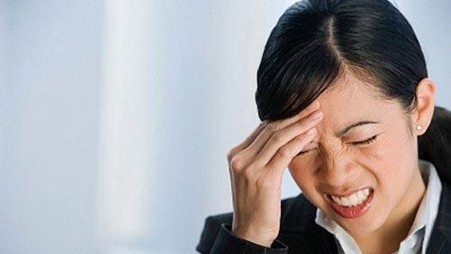 Dấu hiệu cảnh báo bạn đang gặp nguy hiểm về bệnh đau đầu