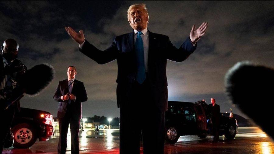 Trực tiếp lễ chia tay ông Donald Trump tại căn cứ không quân Andrews