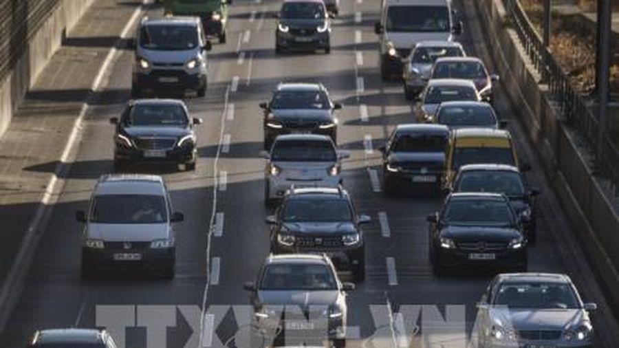 Doanh số ô tô trên thị trường châu Âu giảm kỉ lục