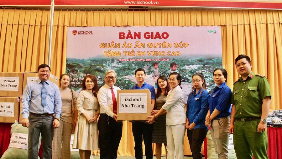 Trường iShool Nha Trang quyên góp hơn 1.000 bộ quần áo ấm cho trẻ em vùng cao