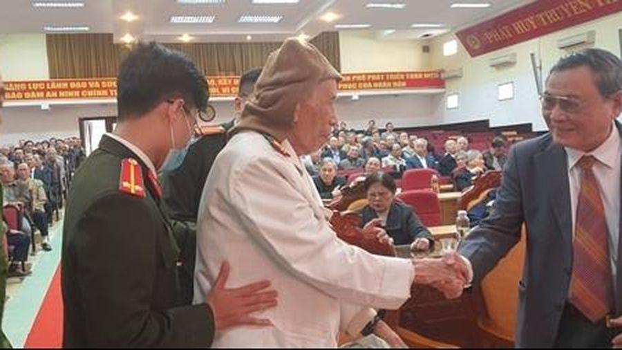 Cán bộ Công an hưu trí đóng góp vì sự bình yên của TP Đà Nẵng