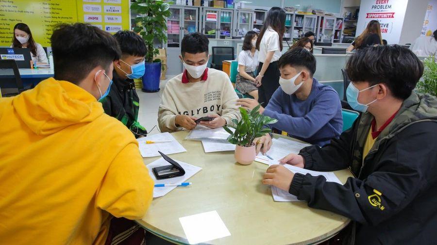 Nhiều trường đại học ở TPHCM chốt phương thức tuyển sinh