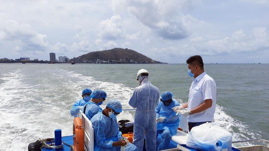 TP.HCM kiểm soát COVID-19 ngay tại cảng biển