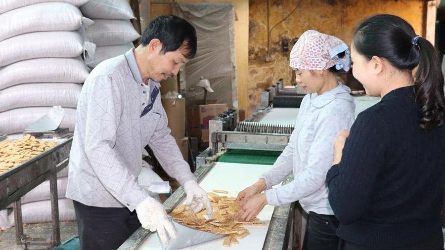 Làng nghề bánh, mứt, kẹo vào vụ Tết