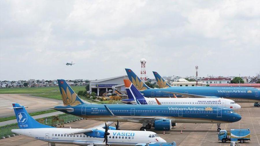 Nhiều chuyến bay đi Nội Bài phải chuyển hướng hạ cánh xuống Đà Nẵng và Cát Bi