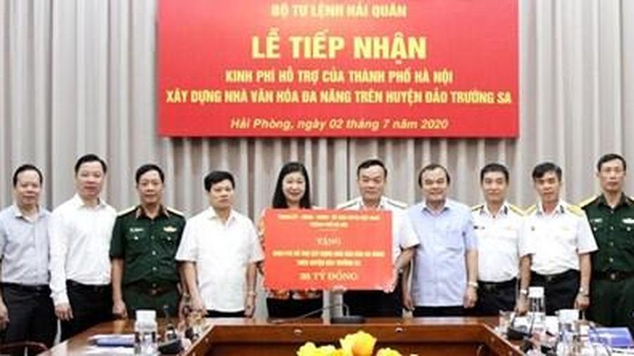 Hà Nội: Quyên góp ủng hộ Quỹ 'Vì biển, đảo Việt Nam'