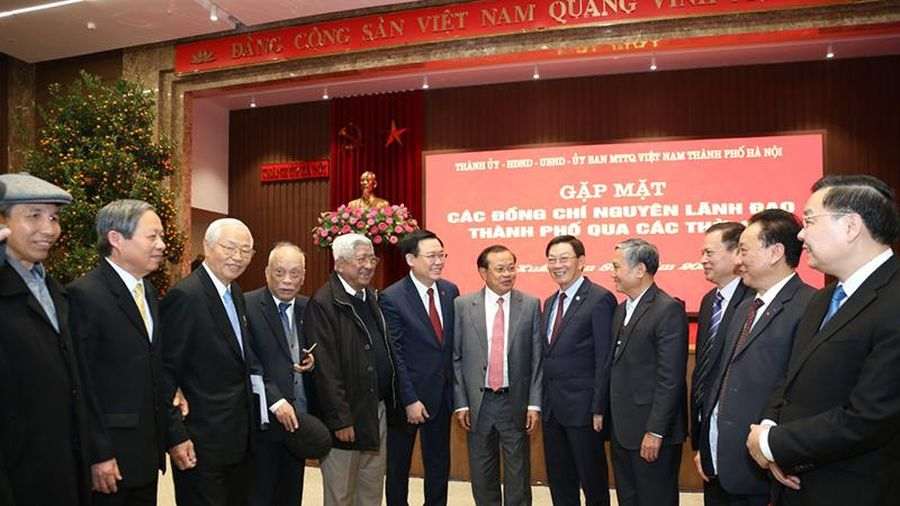 Hà Nội gặp mặt các đồng chí nguyên lãnh đạo thành phố qua các thời kỳ