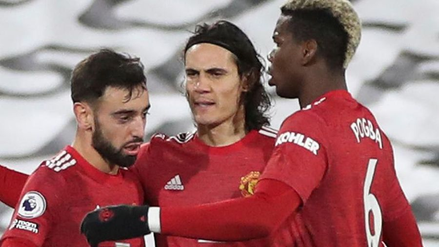 Man United giành lại ngôi đầu