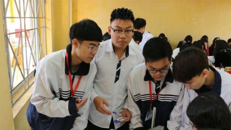 Dạy học theo CTGDPT mới: Để học trò không 'lỗi nhịp'