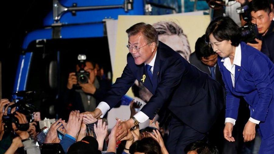 Hàn Quốc: Tỷ lệ ủng hộ Tổng thống Moon Jae-in và đảng cầm quyền tăng trở lại