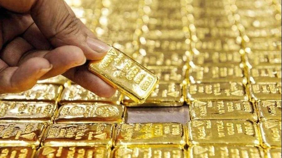 Vàng trong nước bật tăng theo đà tăng của thế giới