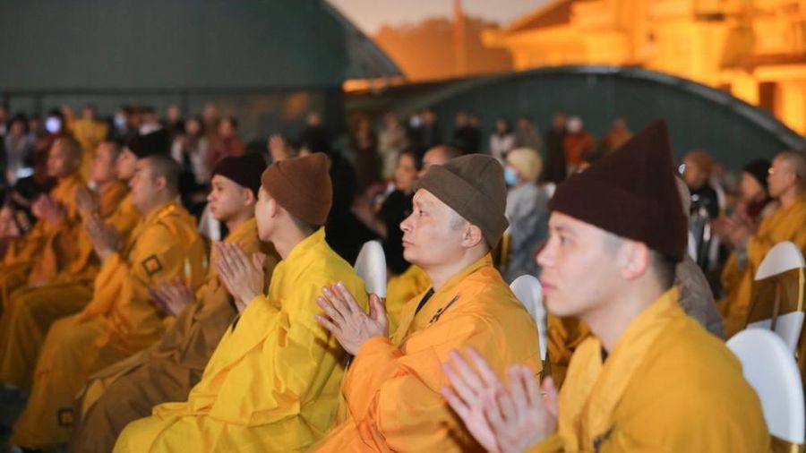 Thiêng liêng lễ cầu quốc thái dân an mừng ngày Phật thành đạo