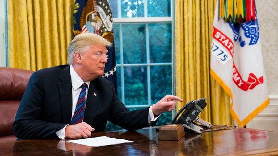 Tổng thống Biden tiết lộ ông Trump để lại bức thư 'rất hào phóng'