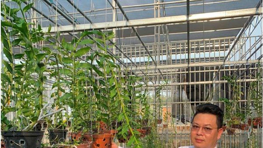 Chủ vườn lan Phạm Thành Luật chia sẻ cách phân biệt lan đột biến