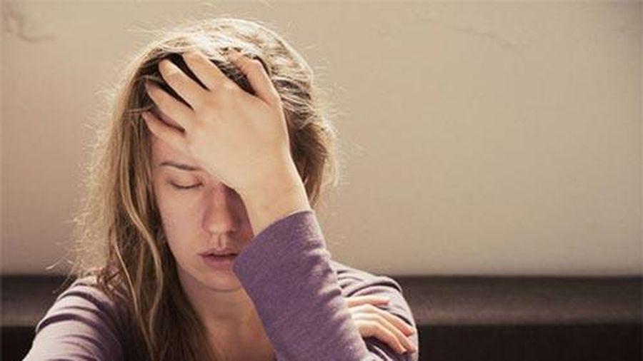Cách giải quyết cơn đau đầu nhanh không cần thuốc