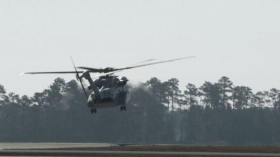Thủy quân lục chiến Mỹ ghi nhật ký chuyến bay đầu tiên của phi đội cho CH-53K