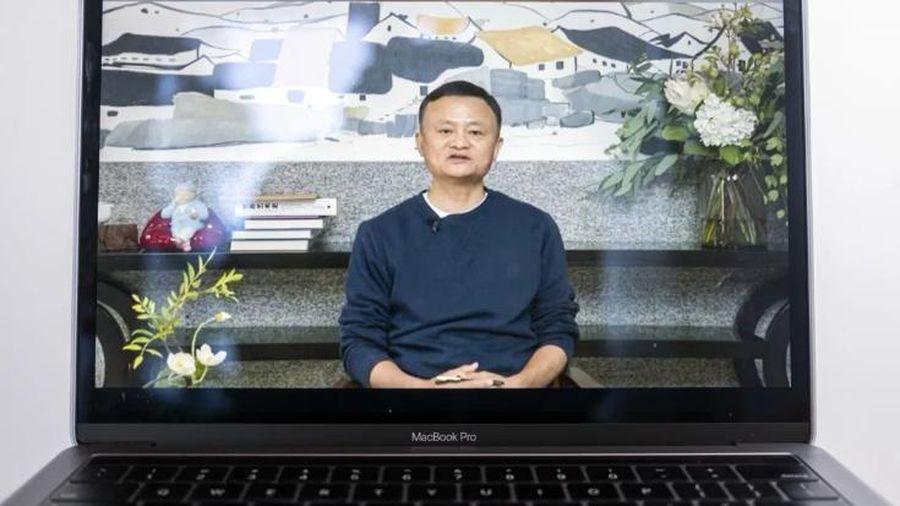 Tỉ phú Jack Ma lần đầu lộ diện sau quãng thời gian 'mất tích' bí ẩn