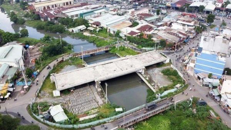 TP. HCM cần nguồn vốn đầu tư gần trăm ngàn tỷ đồng cho 20 dự án giao thông