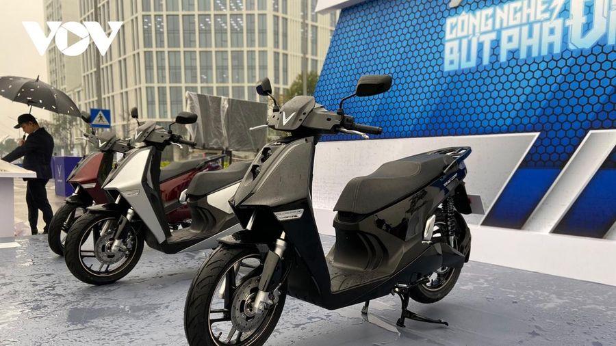 VinFast giới thiệu bộ đôi xe máy điện hoàn toàn mới