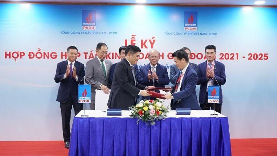 Mở đầu chuỗi liên kết các đơn vị Petrovietnam năm 2021: PV GAS và PVOIL ký kết hợp tác kinh doanh trong 5 năm