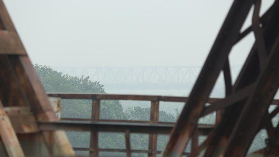 Sương mù bao trùm khắp nơi ở Hà Nội