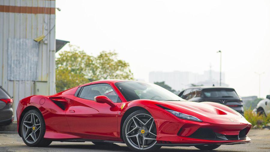 Chi tiết siêu xe Ferrari F8 Spider tại Việt Nam - giá trên 20 tỷ đồng